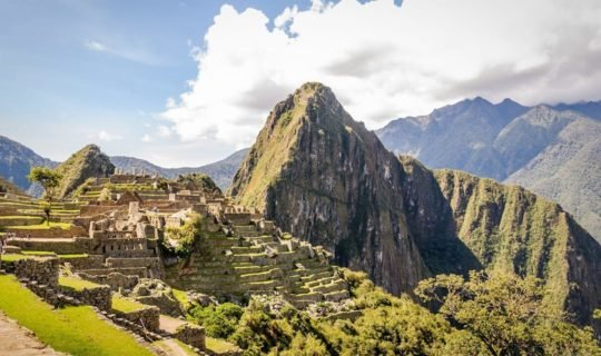 view-over-machu-picchu-on-a-sunny-day