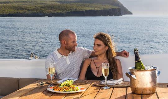 couple on a Galapagos cruise