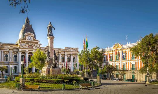 La Paz central square and buildings