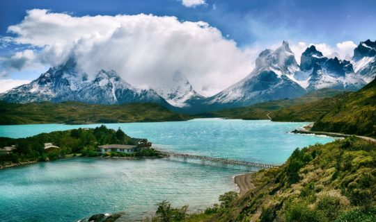 torres-del-paine-mountain-peaks-and-tranquil-lake