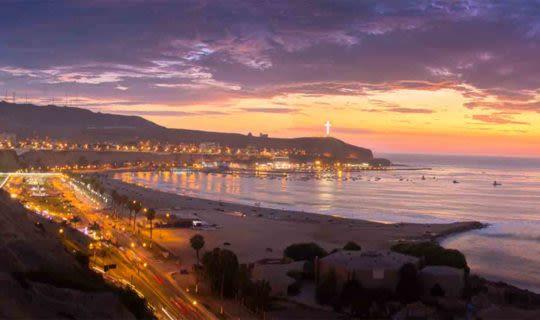 lima-peru-costal-side-at-sunset