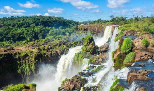 iguazu-falls-from-the-side