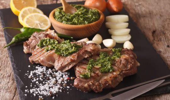 argentine-steaks-served-tablet