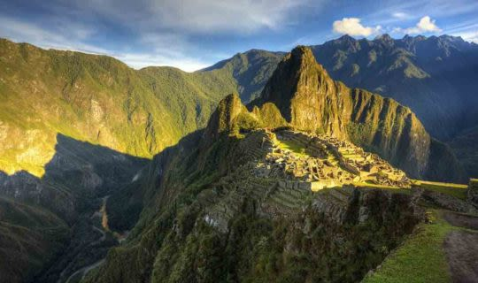 early-morning-sun-over-machu-picchu