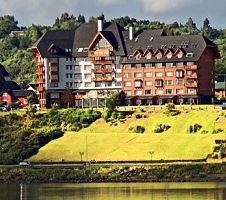 best-hotels-in-patagonia-hotel-cumbres