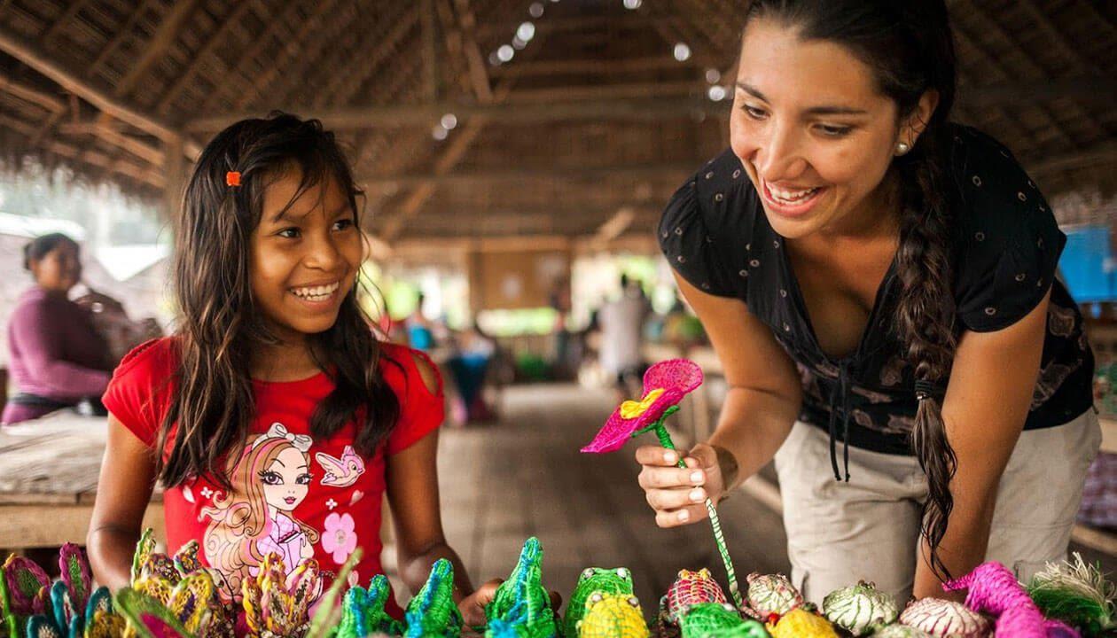 amazon delfin cruise activities for kids