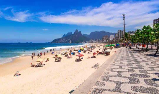 copacabana-beach-in-rio-de-janeiro-on-a-sunny-day