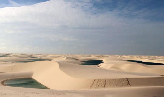 desert-sand-horizon