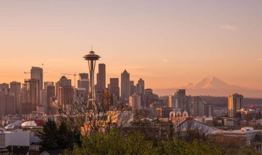 seattle-skyline-at-sunset