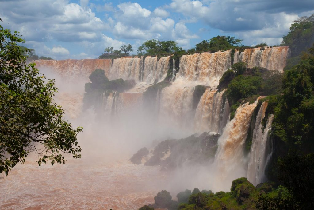 what-is-argentina-famous-for-iguazu-falls