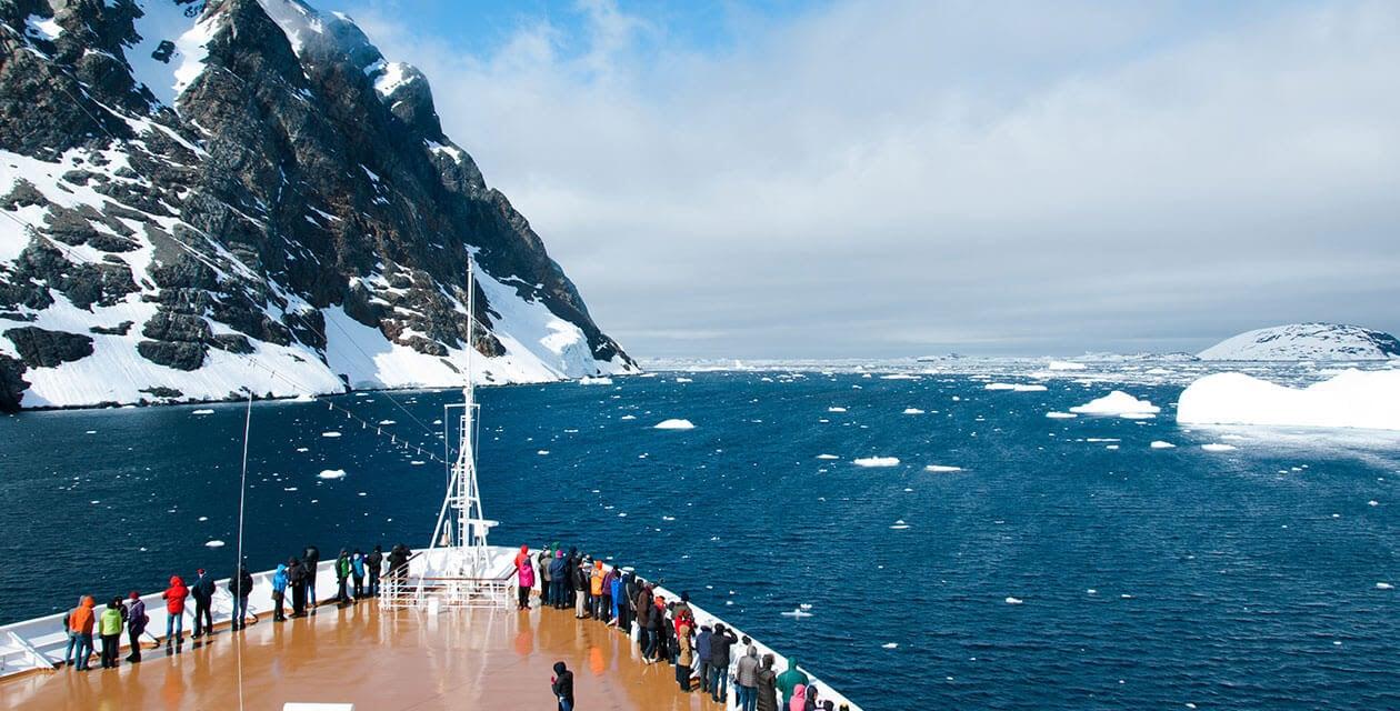 Antarctica cruise deck and passengers