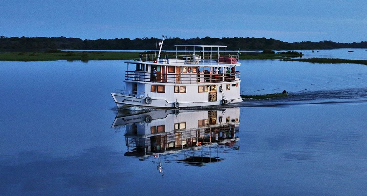 the-clipper-amazon-cruise-moving-at-night
