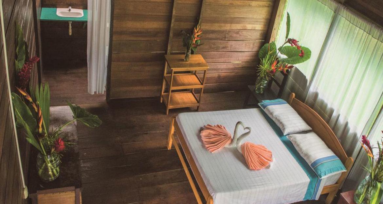 beautiful bedroom at Inotowa Lodge