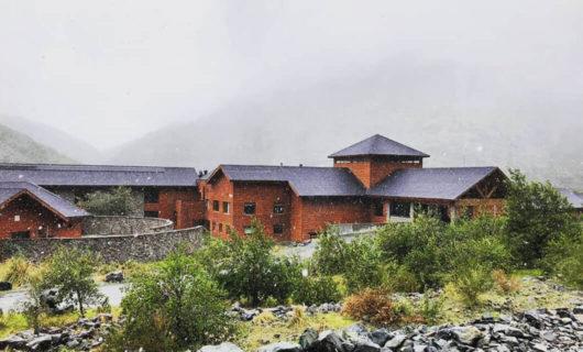 Exterior of Noi Puma lodge