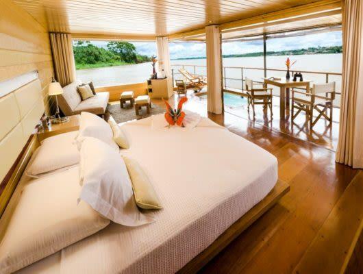 Amazon Delfin I Cruise room