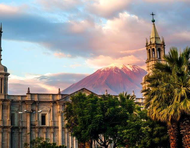 Buildings and mountain of Arequipa, Peru