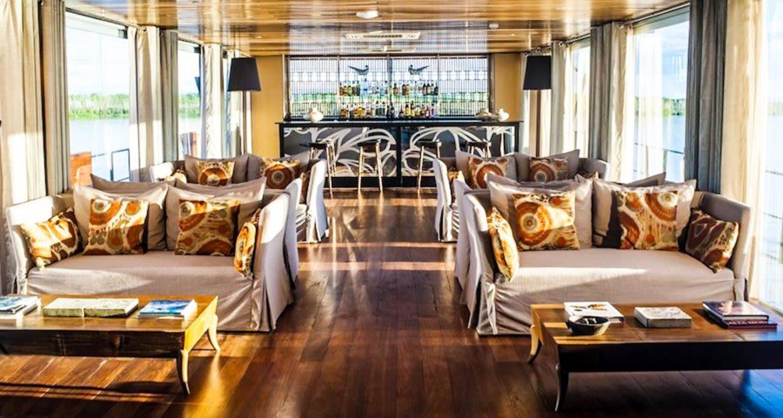 Lounge of Aria Amazon cruise ship