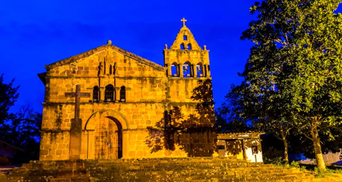 Church in Barichara, Colombia at night
