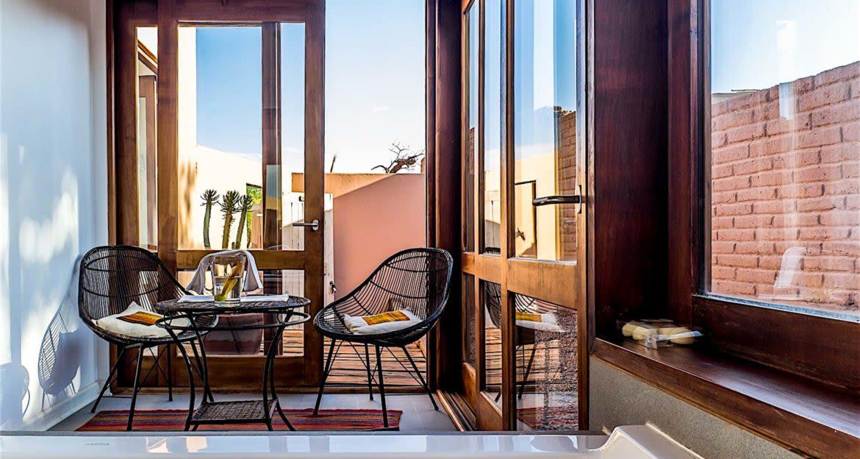 Small table at Casa Atamaca