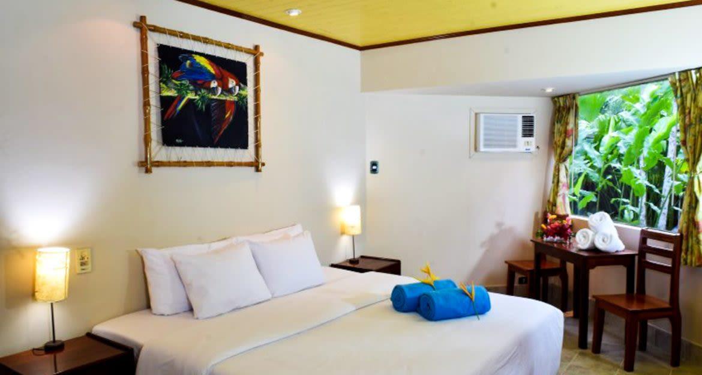 Bedroom at Ceiba Tops Lodge
