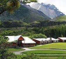 hotels in mountain valley
