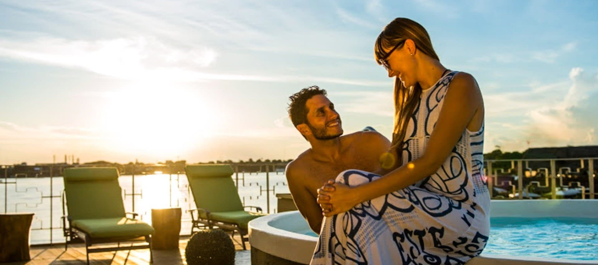 Couple on Amazon honeymoon trip