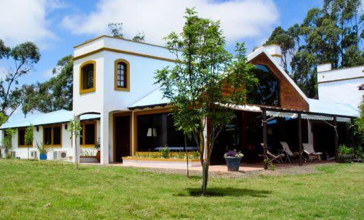 Exterior of El Charabon estancia