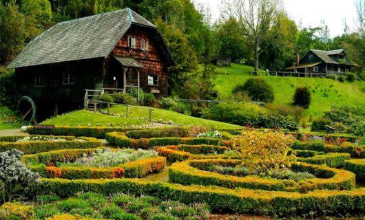 House sits near garden