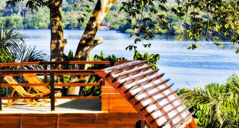 Outdoor deck near Mirante do Gavião Amazon Lodge