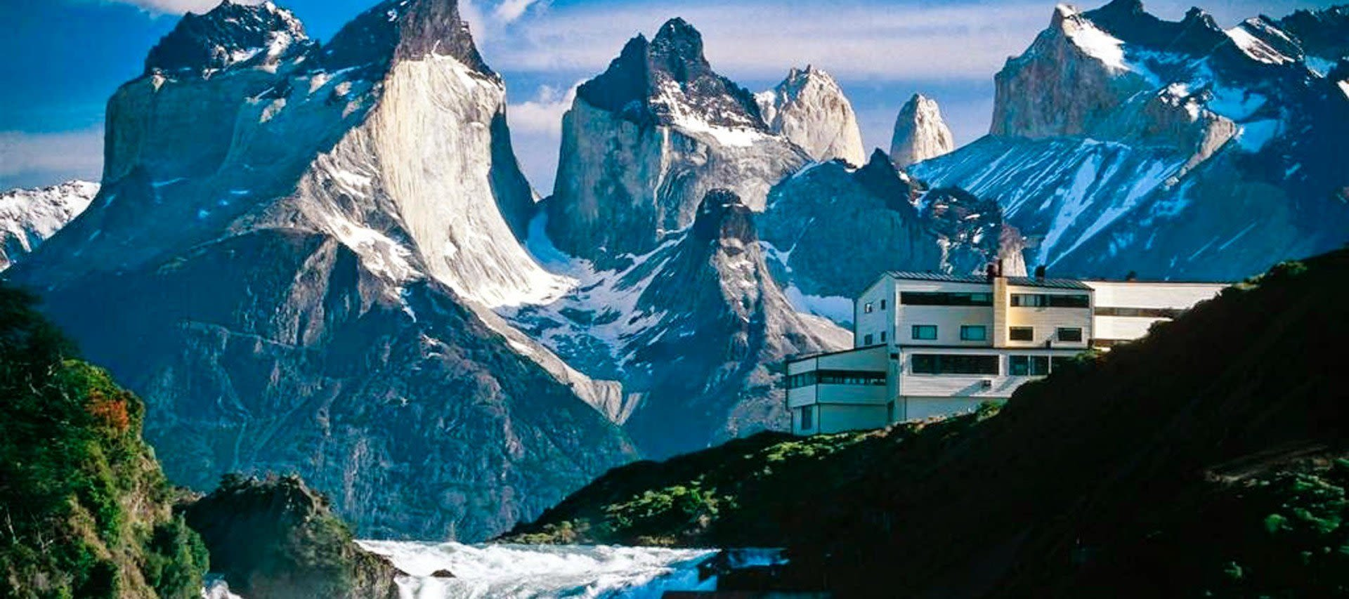 Modern Patagonia hotel deep in the mountains