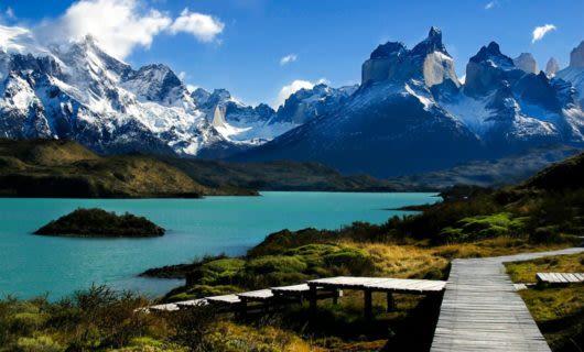 Walkway near Patagonia lake