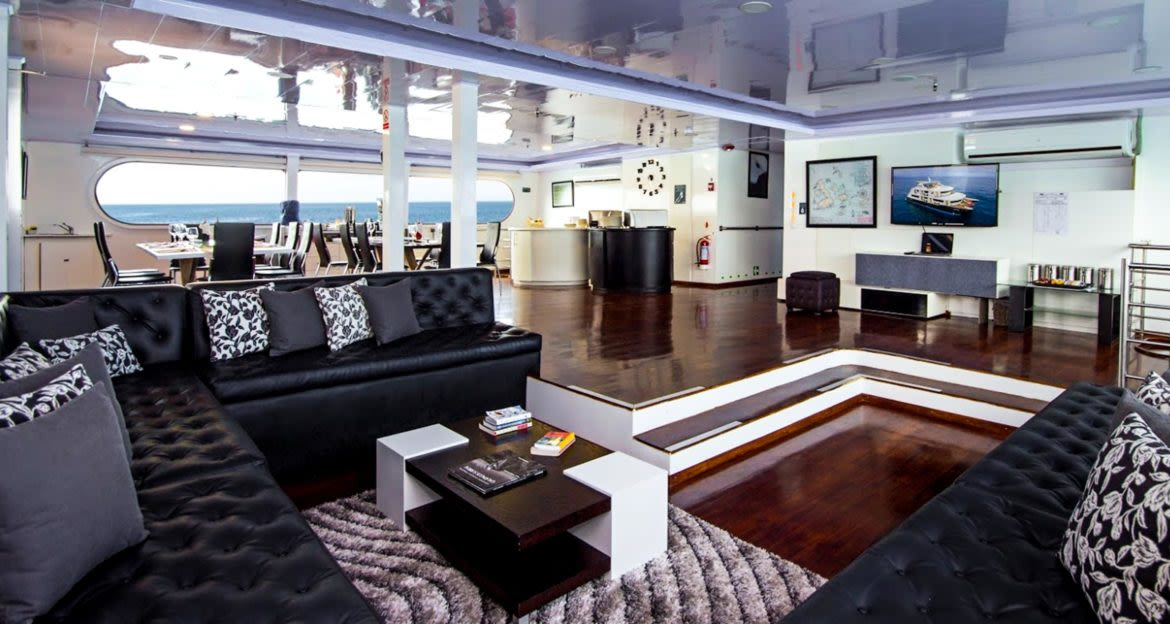 Lounge of Petrel cruise ship