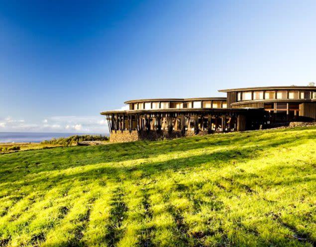 Exterior of Rapa Nui lodge