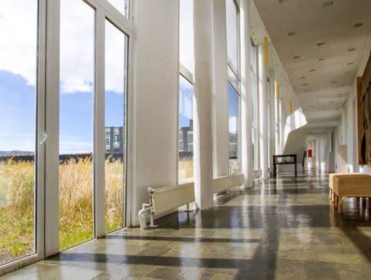 Remota Patagonia hallway