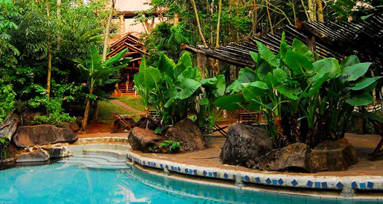 Outdoor pool of Yacutinga Lodge
