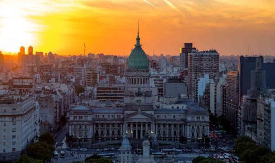 buenos-aires-capital-building-at-sunset-with-city-in-background