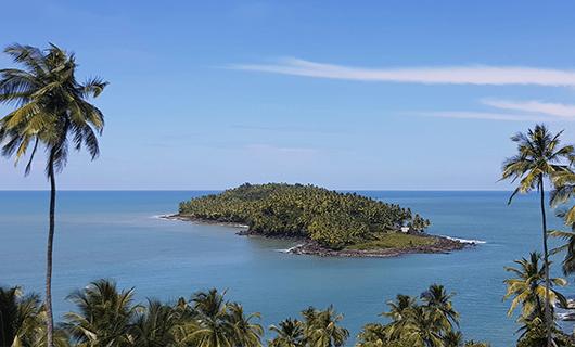 scenic-beach-view-with-jungle-island