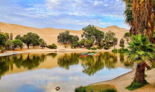 peru's-desert-paradise-with-lagoon-oasis-and-backdrop-of-sand-dunes