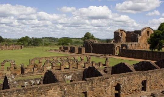 beautiful-jesuit-ruins-in-paraguay