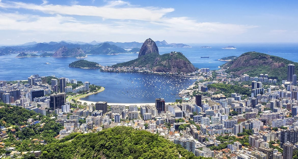 amazing-view-over-rio-and-sugarloaf-mountain