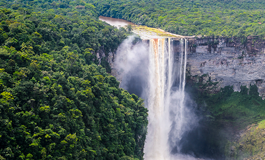 beautiful-shot-of-kaieteur-falls