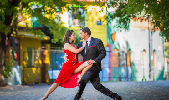 Buenos aires tour visiting tango show in colorful la boca area
