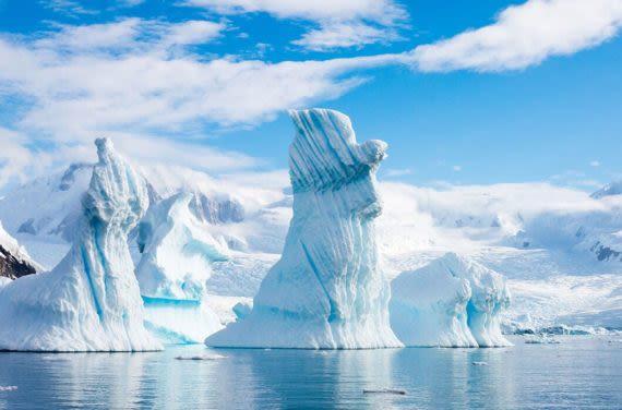 Giant icebergs in Antartica