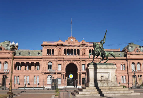 Casa Rosada is an important building in Buenos Aires to see