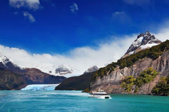Beautiful scenery on patagonia cruise