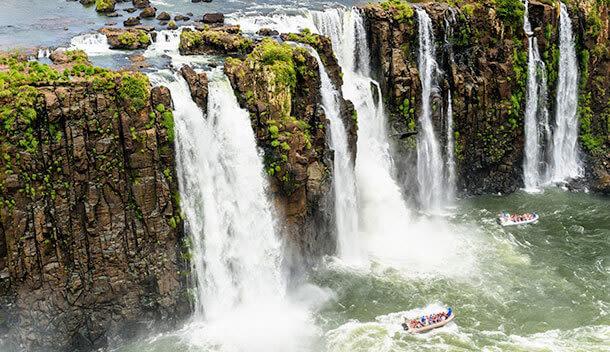 boats at iguazu falls
