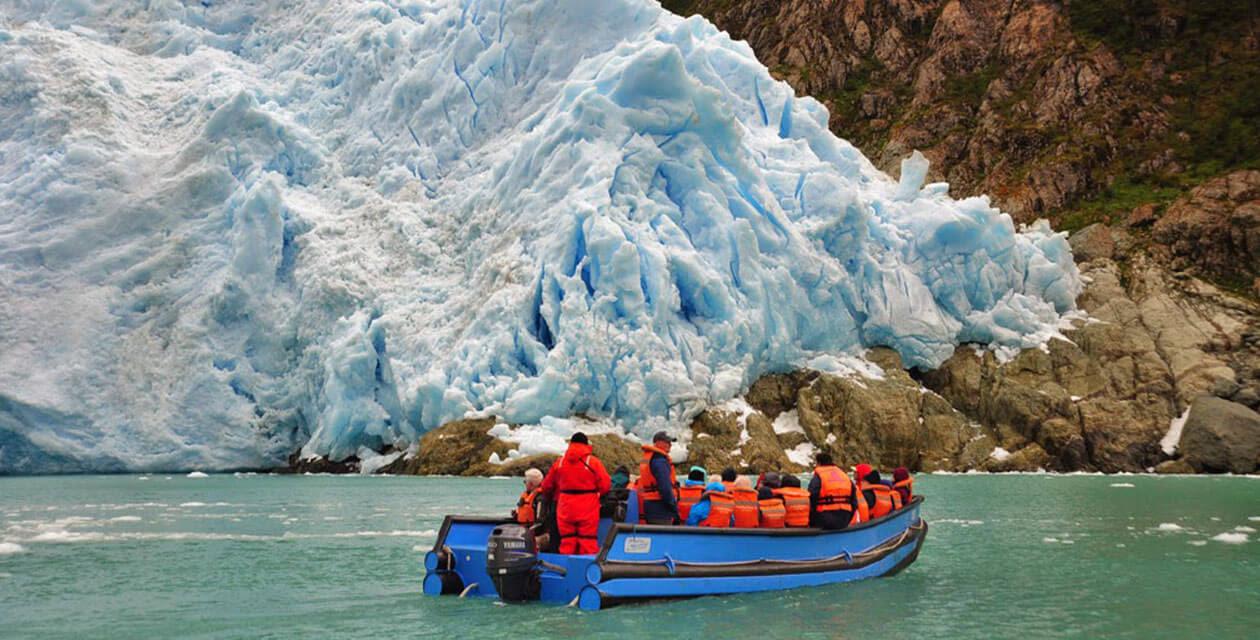 tourists getting up closer to serrano